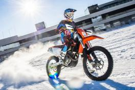 Winter am Ring Enduro Snow Attack © Lucas Pripfl Red Bull Content Pool