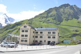 Alpincenter Glocknerhaus an der Großglockner Hochalpenstraße