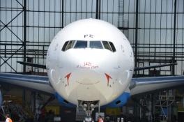 Boeing 777 Blöue Danube