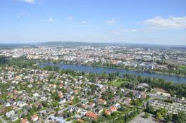 Donauturm - Ausblick nach Osten
