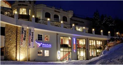 Skiverleih St Johann Alpendorf Hotel Alpina Intersport